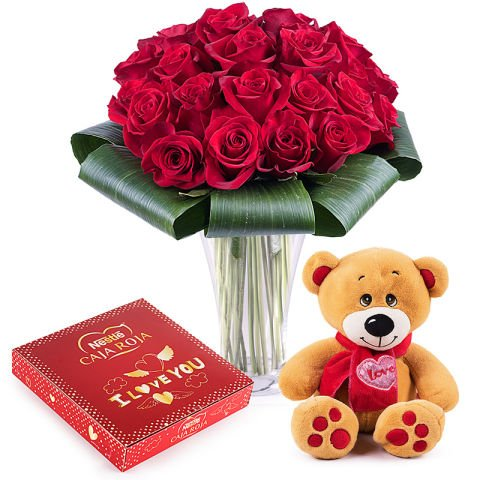 Détails de passion : roses rouges et chocolats