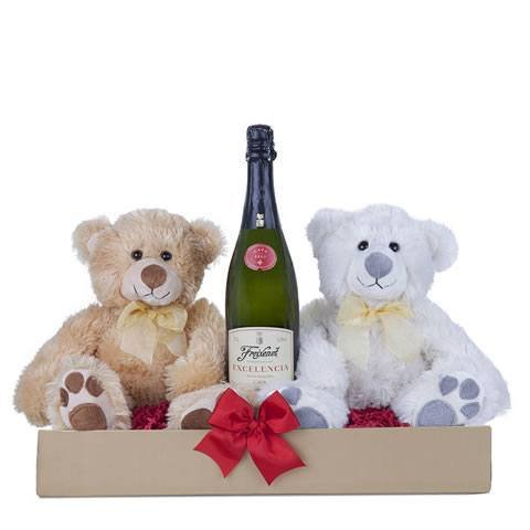 Gift basket: two teddies and sparkling wine
