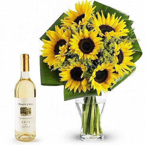 Sweet Sunflowers: Sunflowers and white wine